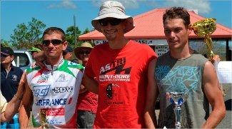 Autour de Mathieu Szalamacha, vainqueur, David Beaumont (à droite) et David Esposito ont complété le podium du jour.