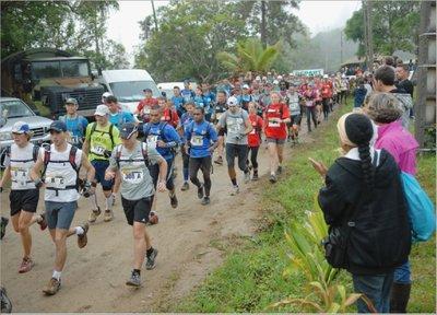 La proximité de La Foa avec la capitale a fait son effet : ils seront cinquante partants de plus cette année que sur la Transcal' 2012, tenue à Koné.