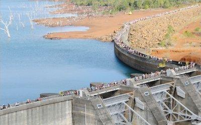"""Plus de 1 400 """"Gigawatteurs"""" seront attendus au départ du barrage de Yaté, dimanche matin."""