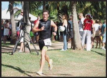 David Beaumont a su résister au retour de Jérémy Obozil sur l'épreuve de course à pieds pour remporter le Trophée Ozone. Du côté des dames, comme l'an passé, c'est Céline Grimonprez qui l'a emporté.