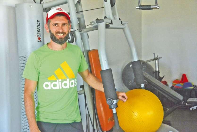 A la tête d'une salle de sport au Mont-Coffyn, Damien Boutellier est l'un des meilleurs traileurs du Caillou. Il estégalement le préparateur physique de l'équipe de rugby de Dumbéa.